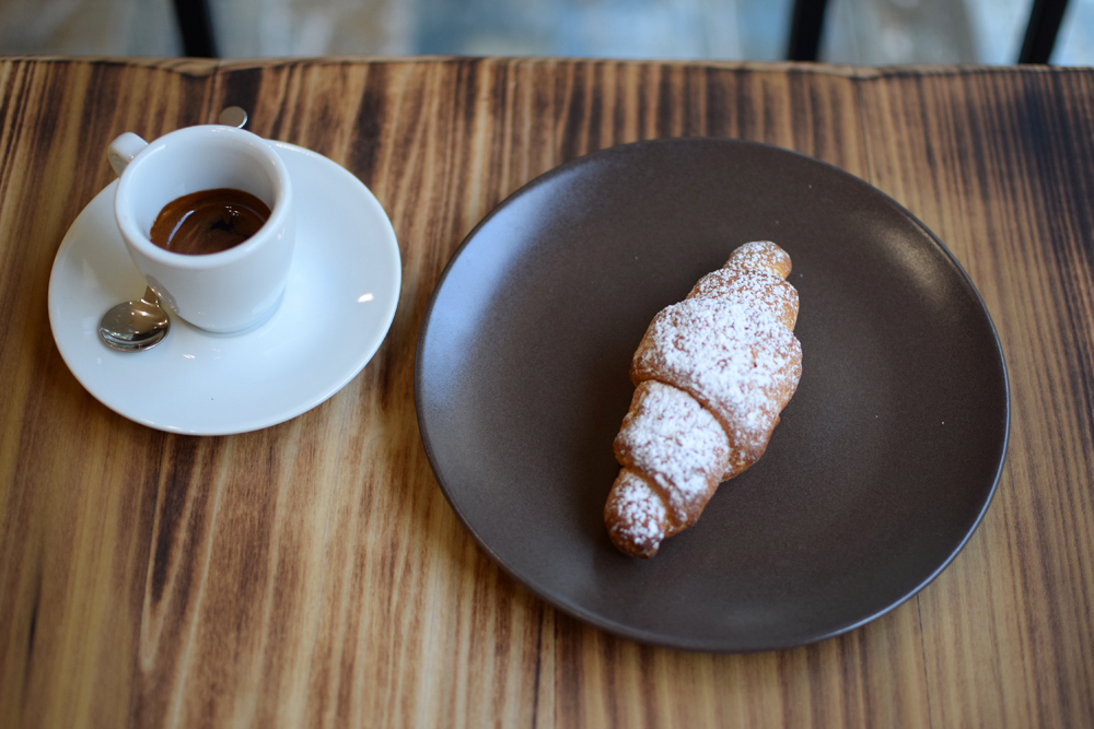 gluten free breakfast with croissant at glu free bakery in milan