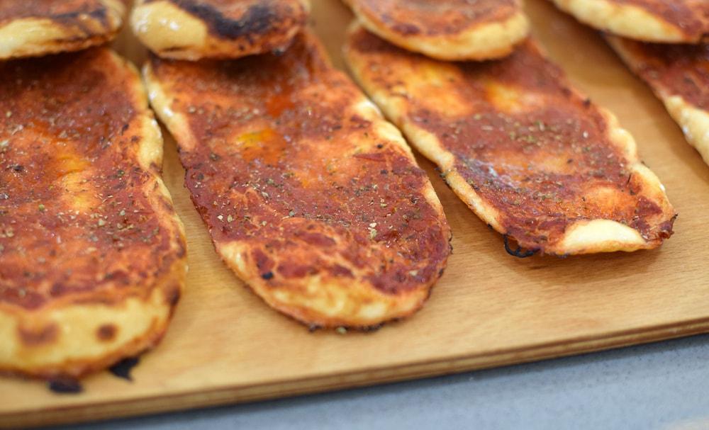 gluten free pizza marinara at glu free bakery in milan