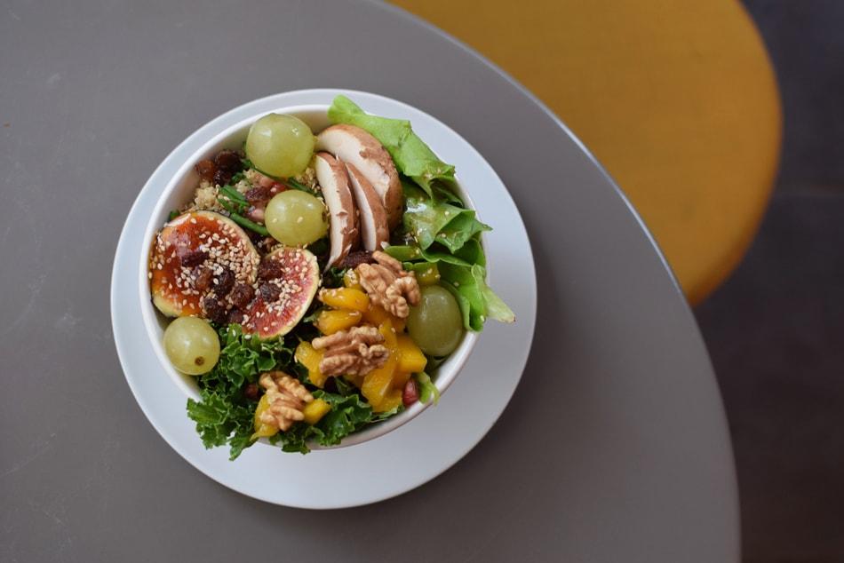 lula veggie bowl in paris