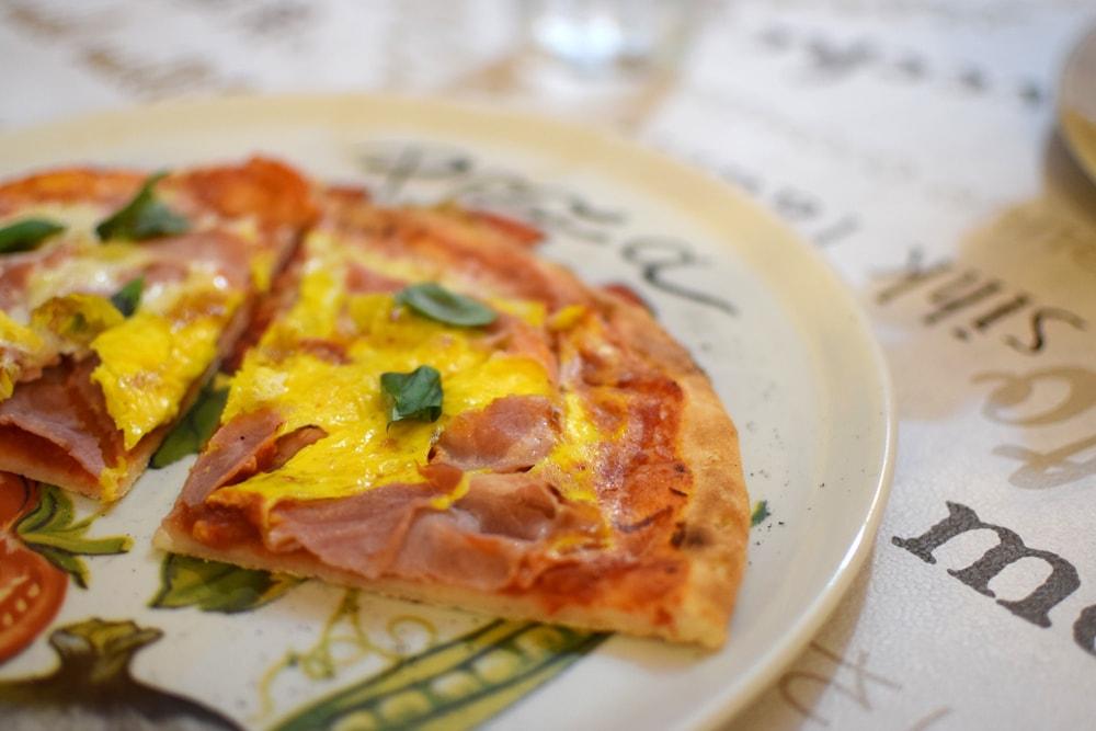 Yummy gluten free pizza at Locanda del Pentegallo