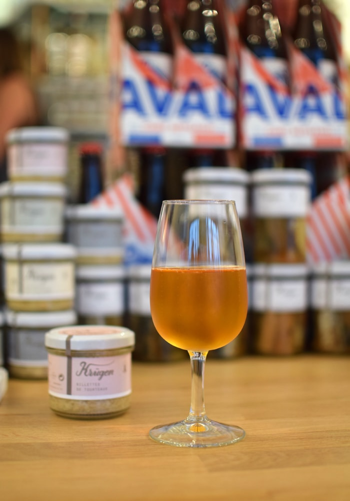 delicious aval cider at krugen creperie in paris