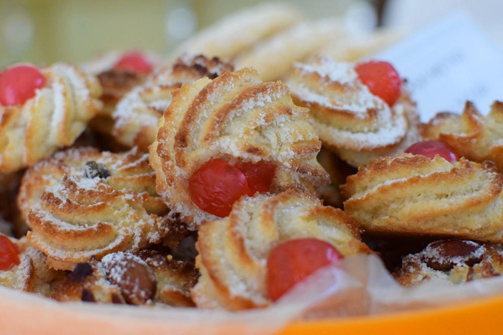 gluten free almond biscuits at navotti in milan