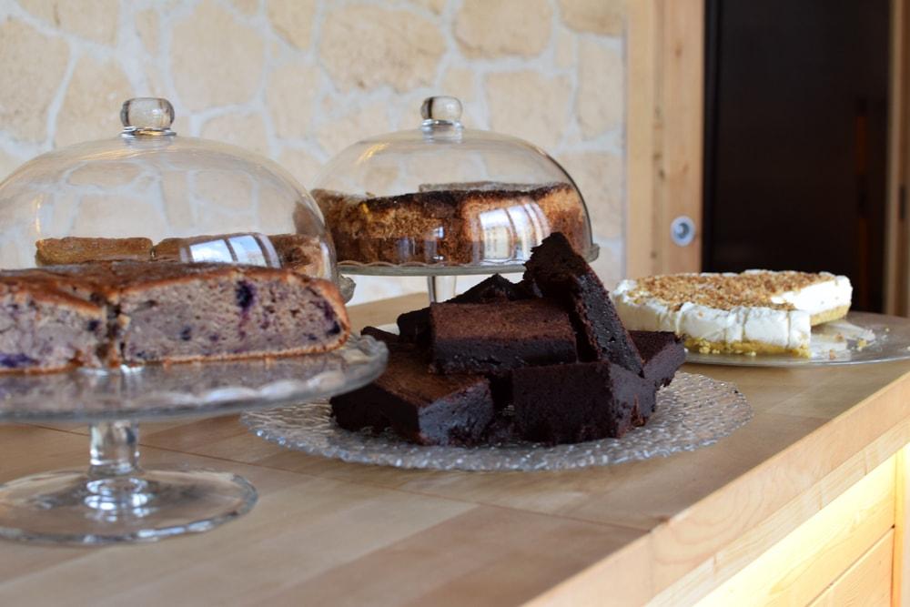 gluten free cakes at puglia bakery milan