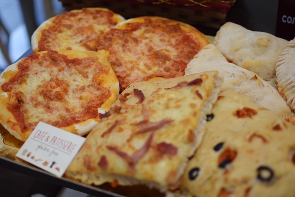 Freshly baked gluten free pizza at Café Pâtisserie in Turin