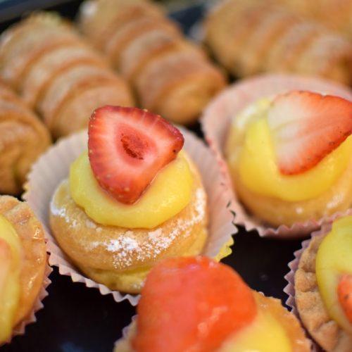 gluten free strawberry tart at navotti in milan