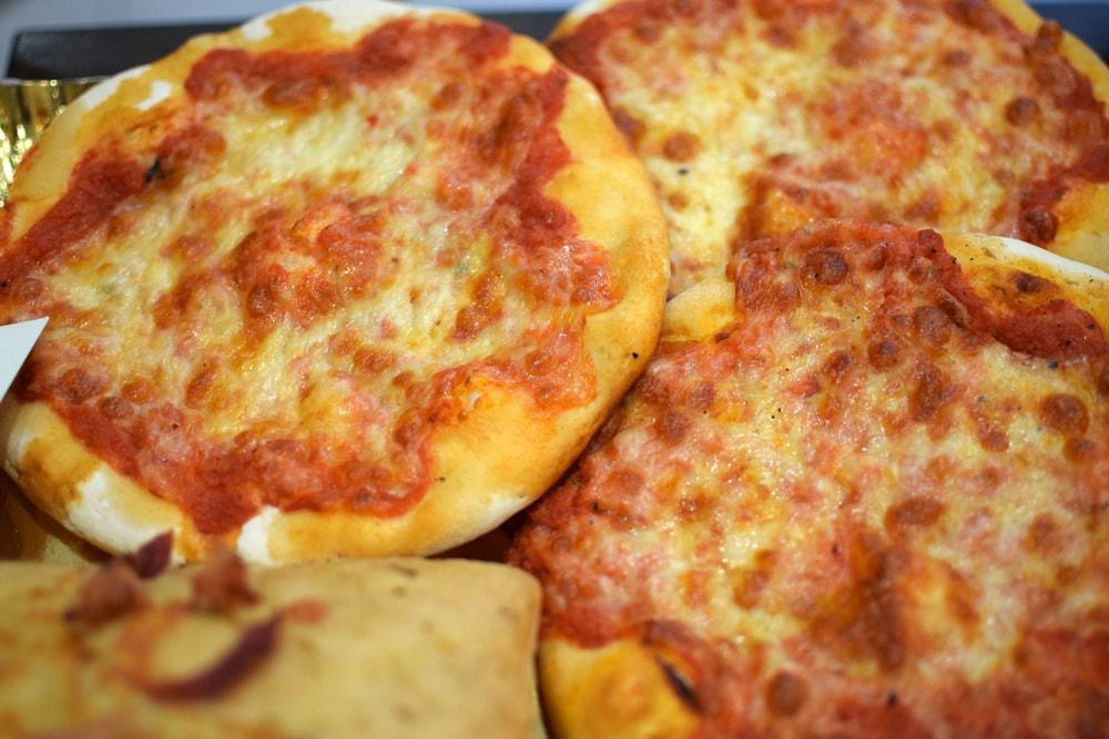 Small gluten free pizza