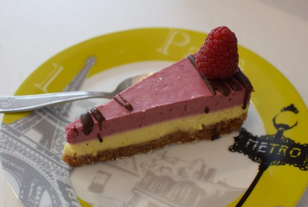 gluten free vegan raw cheesecake