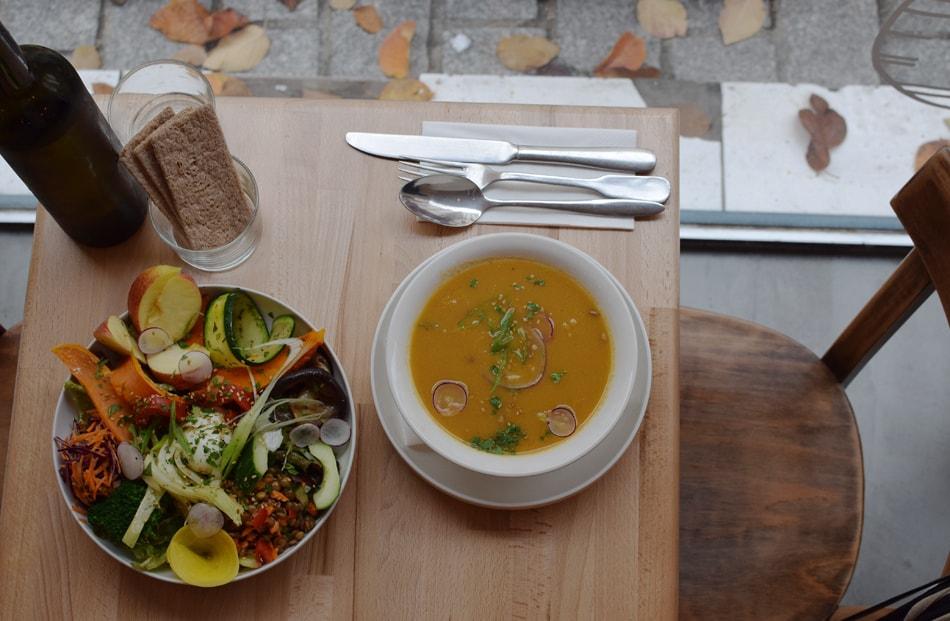 primeur delicious lunch in belleville
