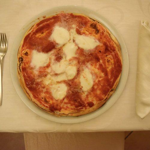gluten free pizza at Il Trifoglio