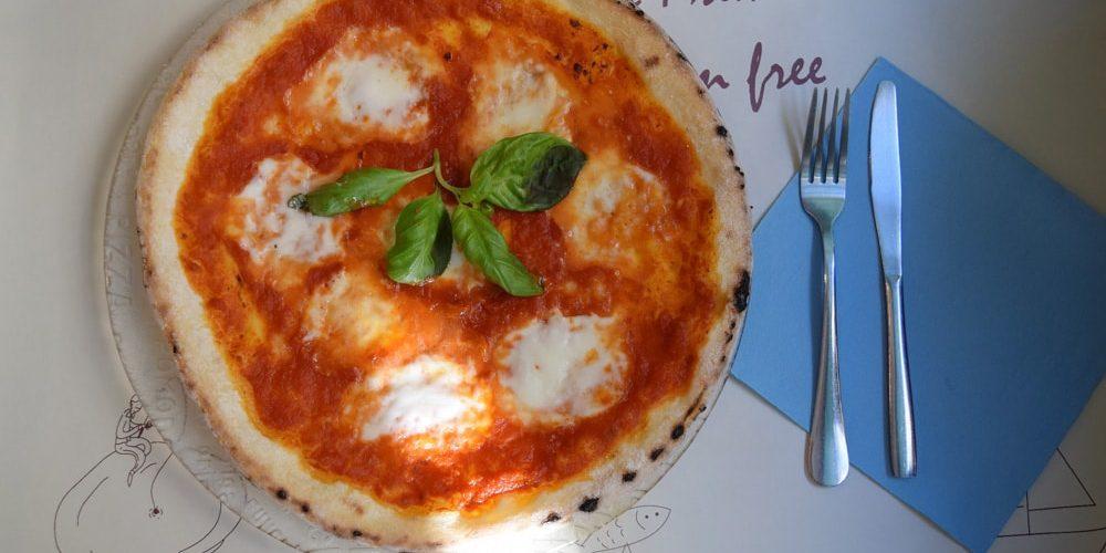 mama eat gluten free pizza in rome