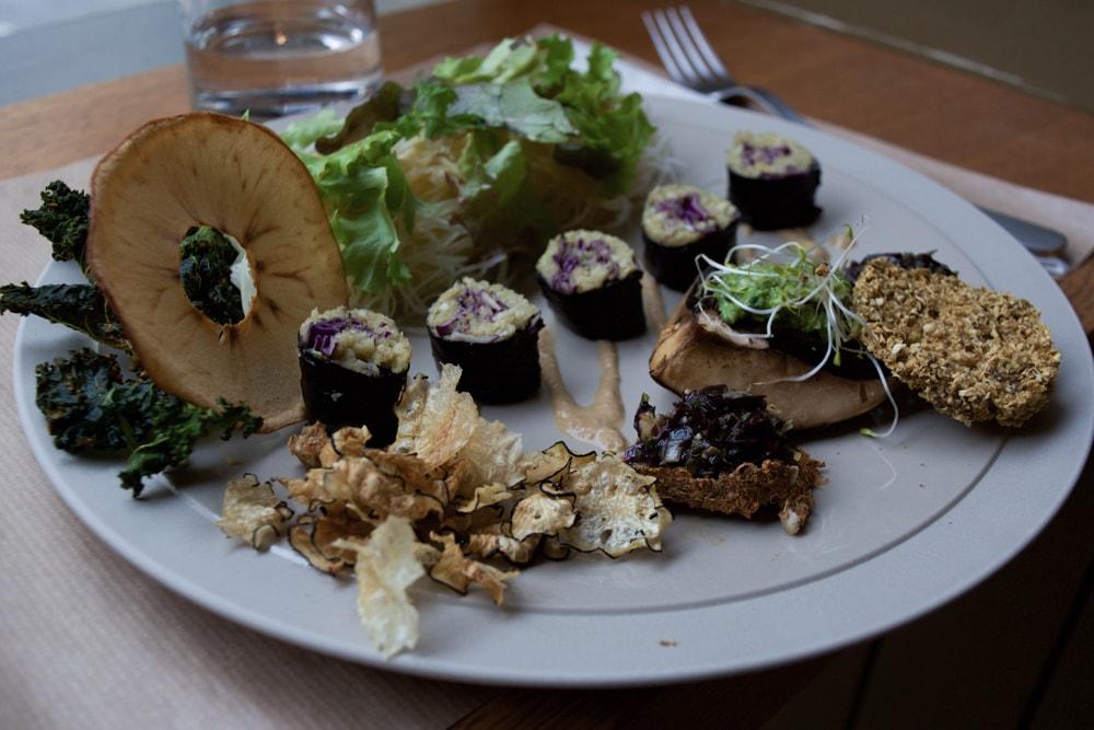 apeti assiette crue sans gluten et vegan à paris