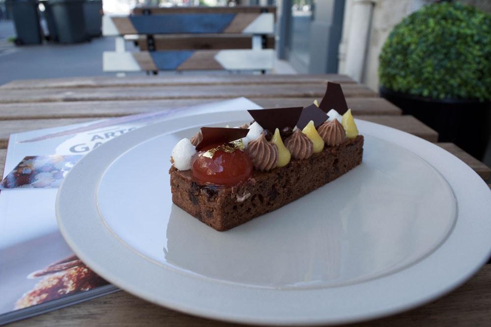 sens gênes gluten free chocolate pastry in lyon