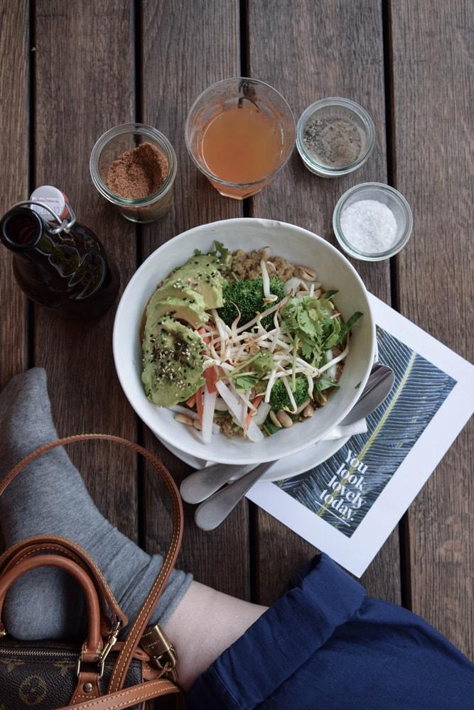 daluma gluten free thai avocado-quinoa bowl