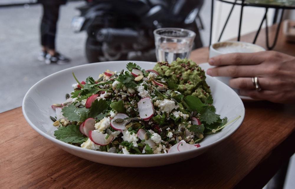 sarra paris delicious avocado salad
