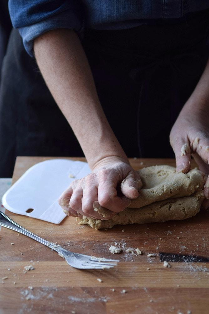 gluten free fresh tagliatelle with spirulina