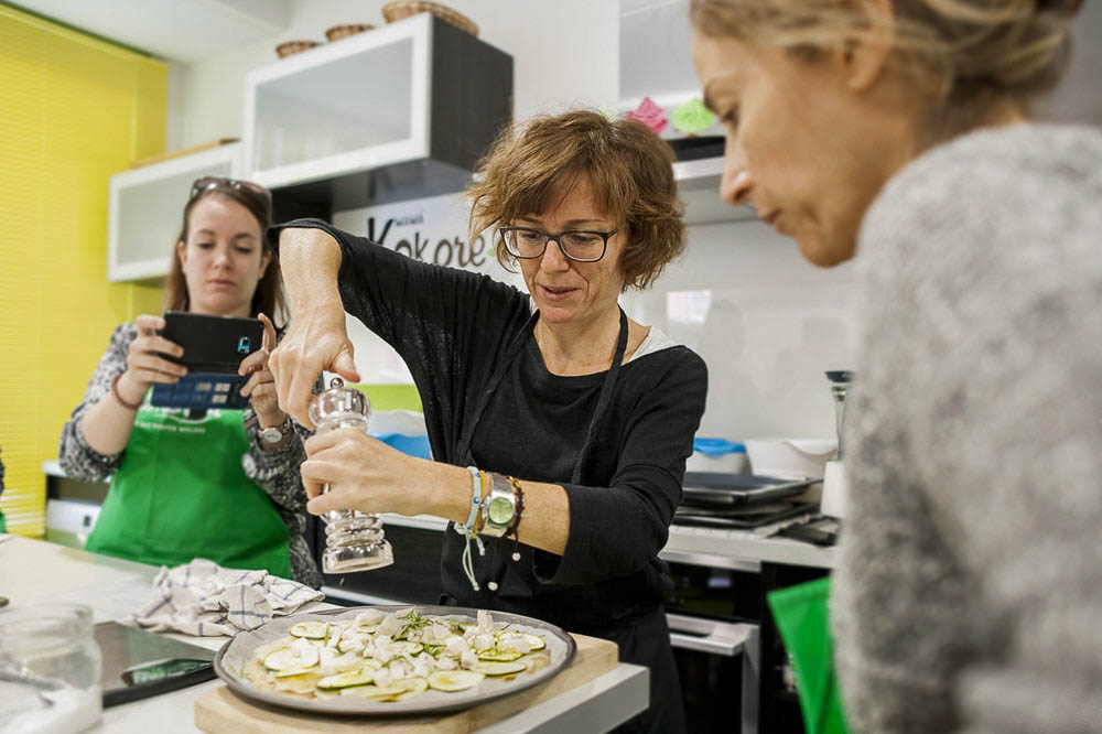 cooking class gluten free pizza in Madrid