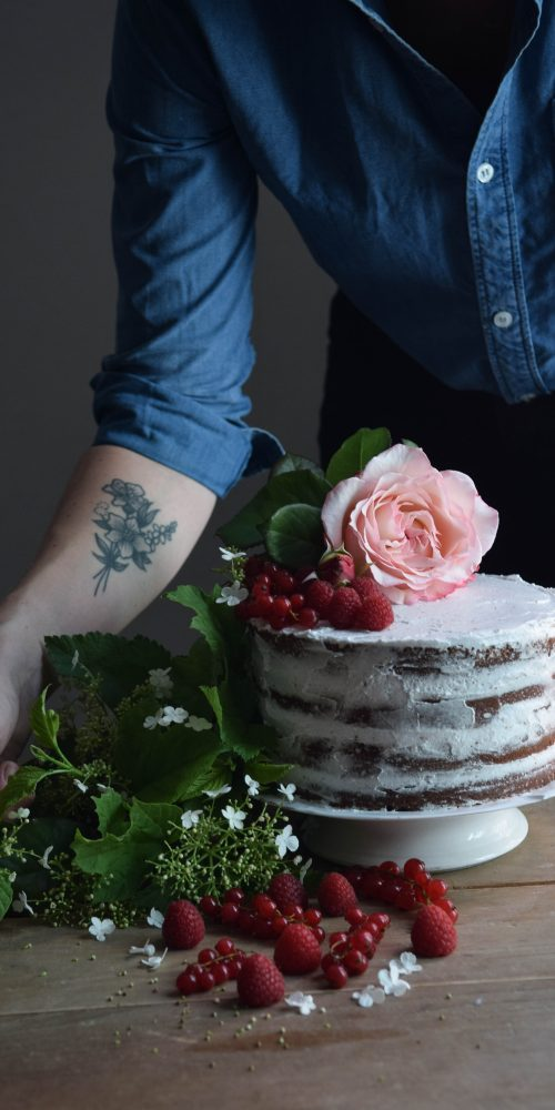 gluten free naked cake