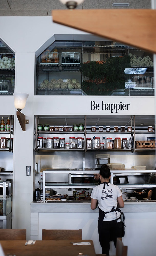 flax and kale restaurant barcelona be happier