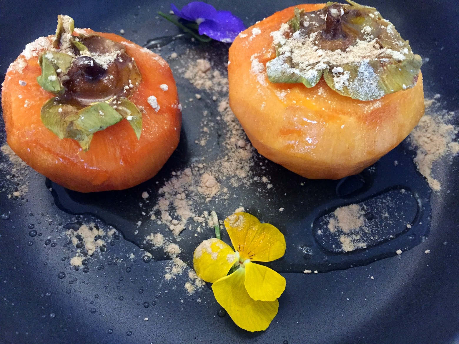 kaki with agave syrup and maca