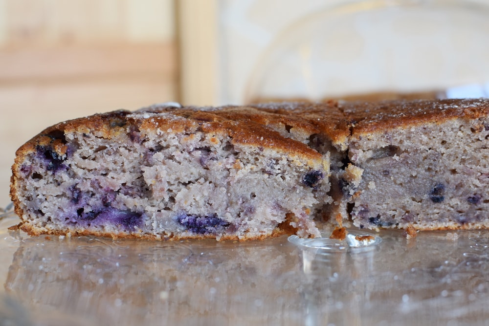 gâteau sans gluten aux myrtilles chez puglia bakery milan