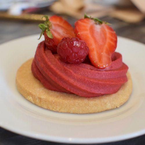 pâtisserie sans gluten et vegan à la fraise chez Pastepartout