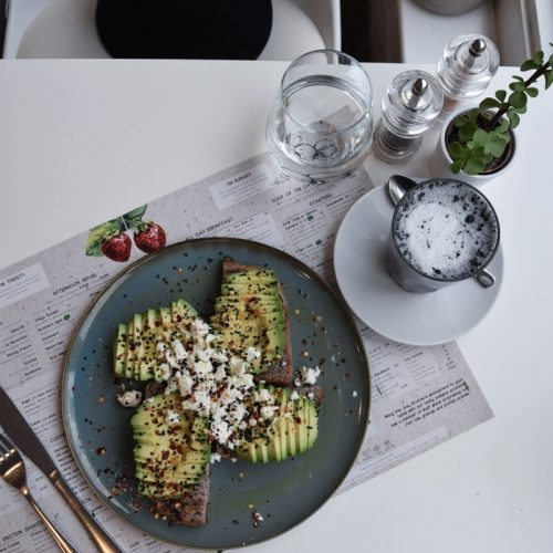 jusu brothers avocado toast sans gluten