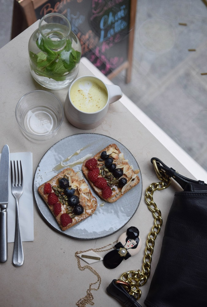 cafe berry tartine fruit sans gluten