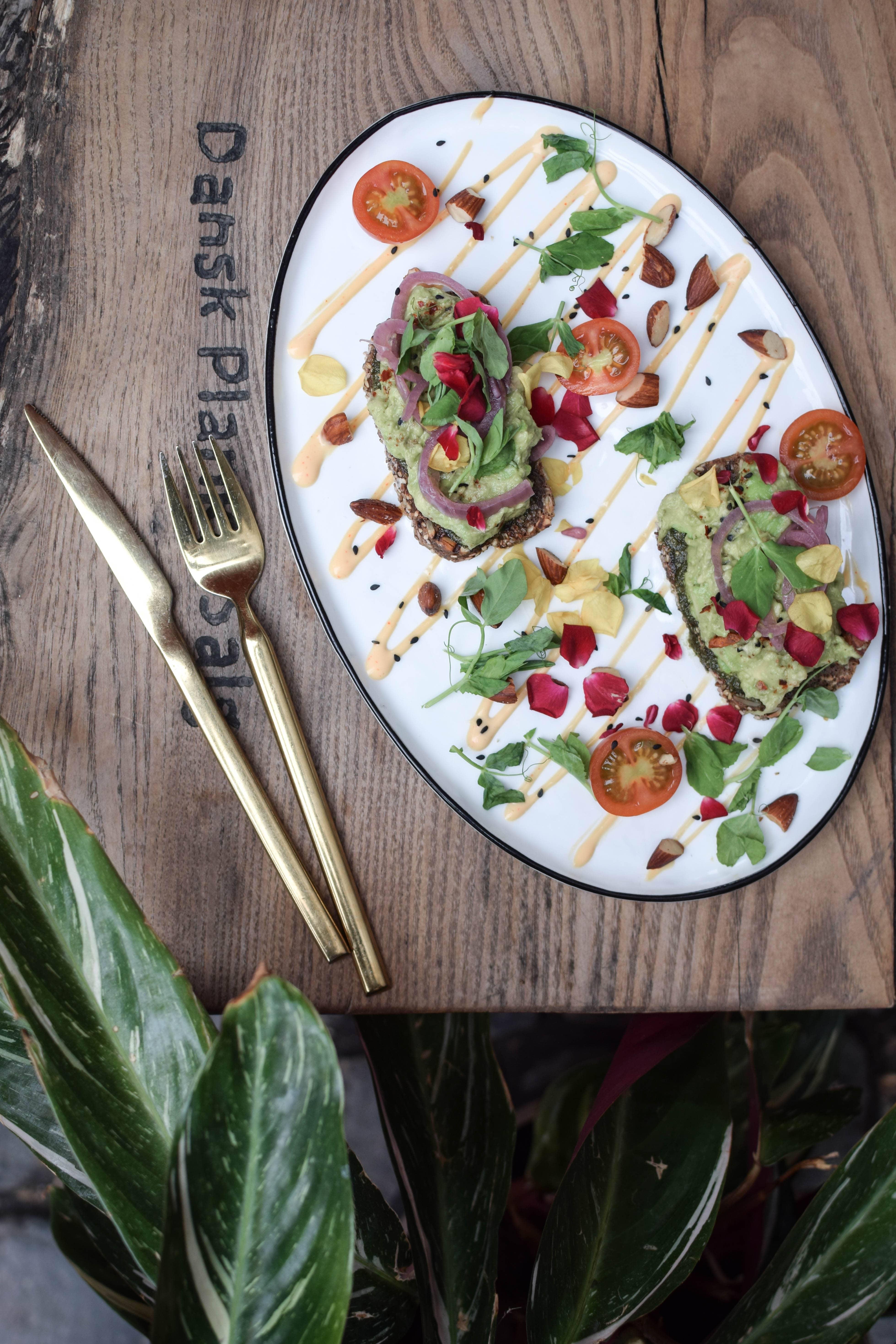 the organic boho avocado toast