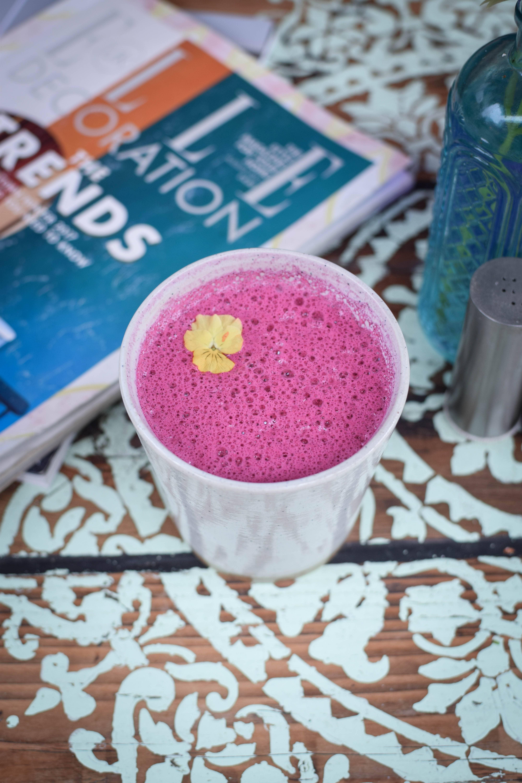 the organic boho pink latte