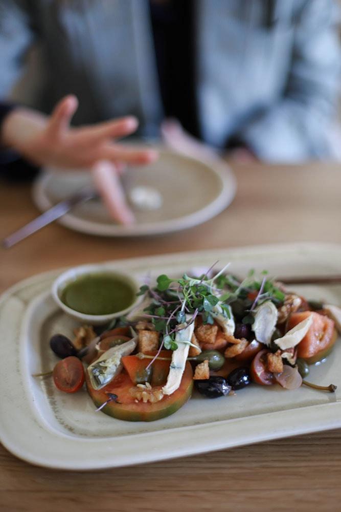 the green spot tomato salad vegan